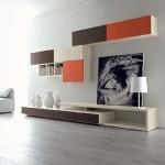 Eléments élégants et exclusifs d'aménagement contemporain. Le clin d'œil du décorateur d'intérieur : une touche d'orange pour donner du « peps ».