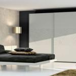 Design caractérisé par des lignes douces et des volumes enveloppants pour une atmosphère propice au cocooning.